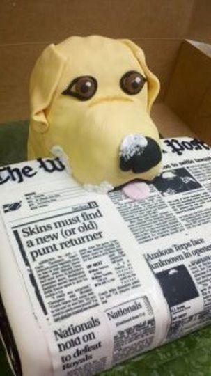 Groom's cake-yellow lab, Washington Post, sports fan