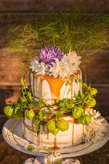 Pacific Northwest Cupcakes - Wedding Cake - Redmond, WA - WeddingWire