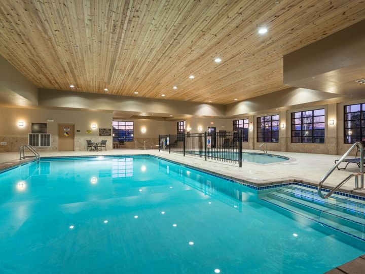 Tmx Pool 51 997526 1557431598 Sioux City, IA wedding venue