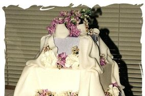 Frosted Temptations Custom Cake Designs & Catering (Formerly Named C. Marie's)