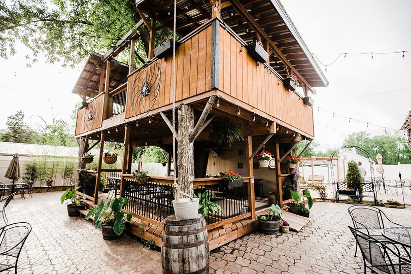 Patio tree house deck