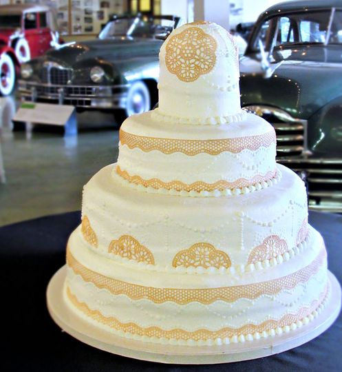 Beautiful domed lace cake