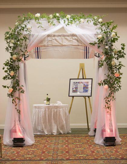 Floral arc design