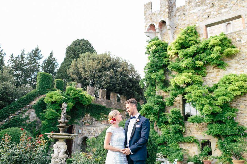 d59a90dd4e017c51 Castello di Vincigliata Tuscany Wedding Kate Mike KyleeYee 162