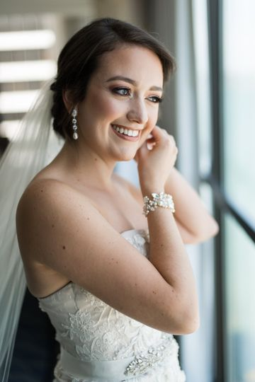 Happy bride - Simonet Makeup