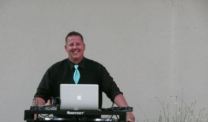 Cuttin The Rug DJ 1
