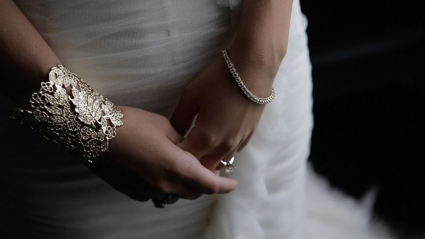 details bride