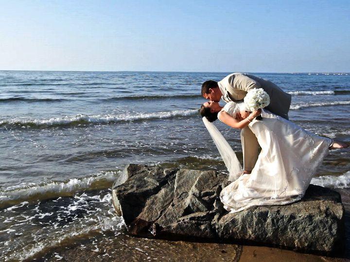 Tmx 1420607941917 Johanna And Joe Dip On Rock New Bedford wedding videography