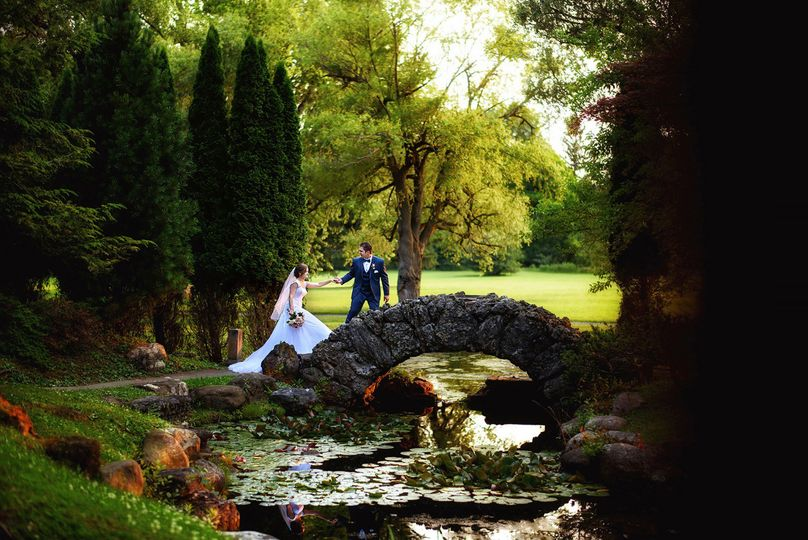 24d78dac42c47ba0 1525118199 10d4610edd1a25b3 1525118197588 1 wedding photograph