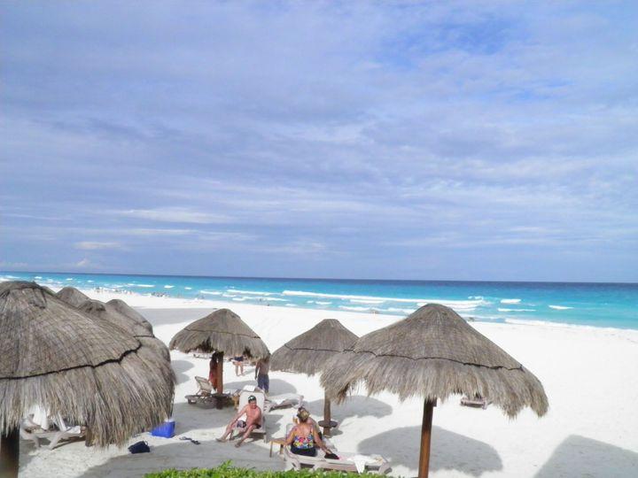 Beach in Cancun Hotel Zone, Live Aqua area