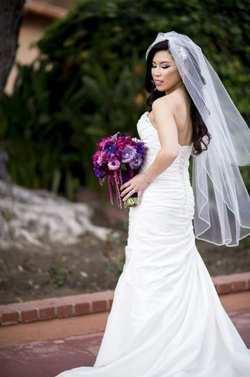 The strapless wedding dress
