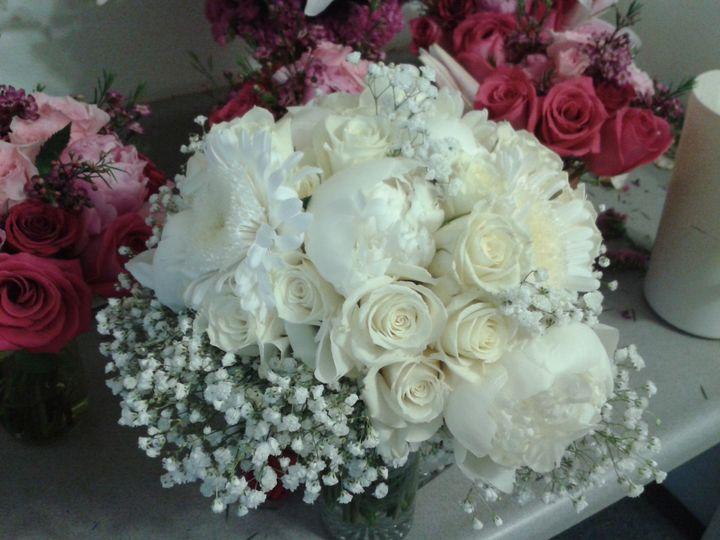 Lovely brides bouquet