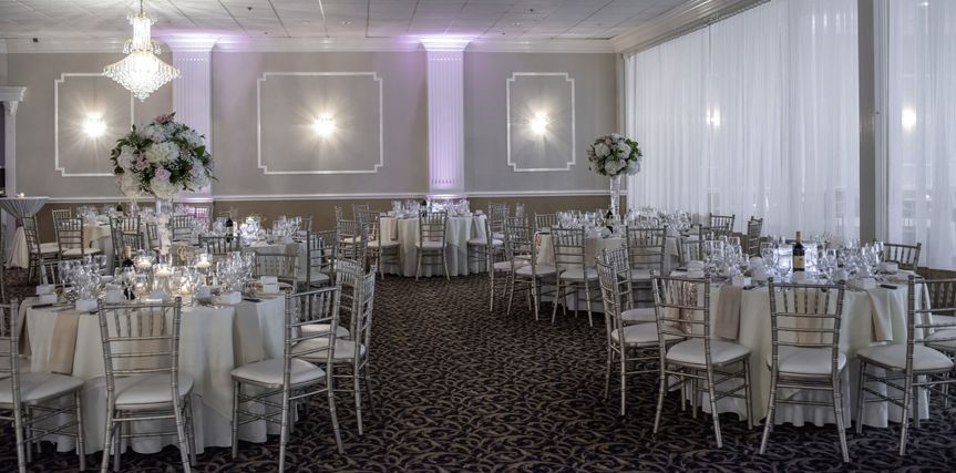 Main ballroom with cocktail