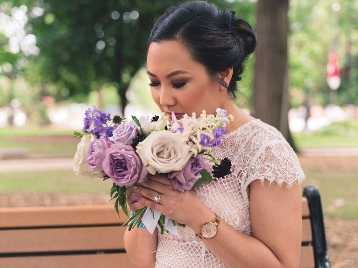 Tmx 1539271556 5ebe6dc22cf30076 1534361045 17b2fdca794b0254 1534361044 257d629cf8cf434d 153436 Raleigh wedding beauty