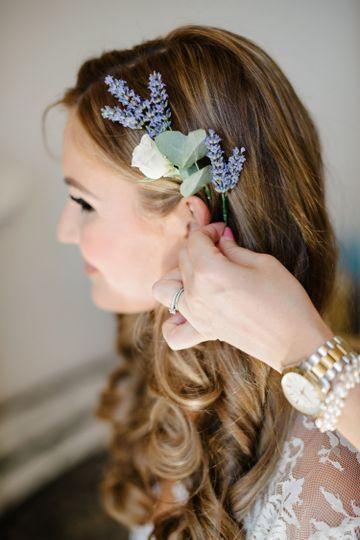 14b058db94f49f60 1531166667 3a0dc028090c69b2 1531166673513 5 Lara Wedding Hair