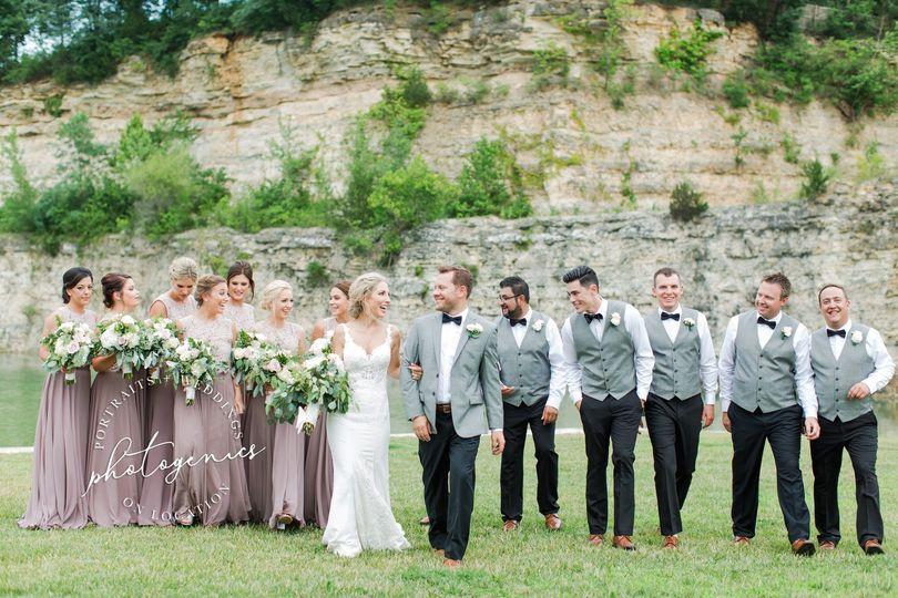 sunset bluffs washington mo wedding bride groom photographer readers choice best of weddings 16 51 921926