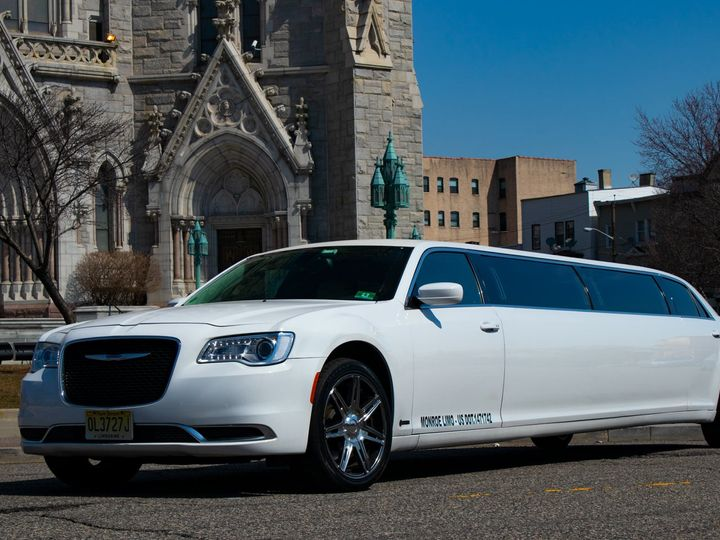 Tmx Chrysler300stretchlimo 002 51 933926 1557809006 Elizabeth, New Jersey wedding transportation