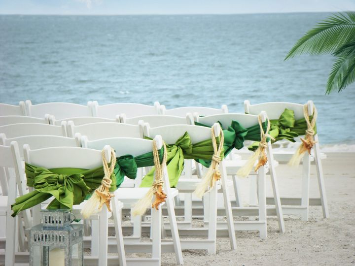 800x800 1431984609754 Beach Wedding Ceremony