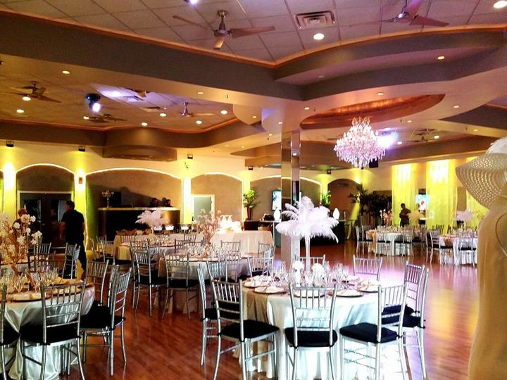 Tmx 1523580671 D8490306cb4d8bd0 1523580670 1af6dda1f139d471 1523580672209 20 Greatgatsby2 Orlando wedding venue