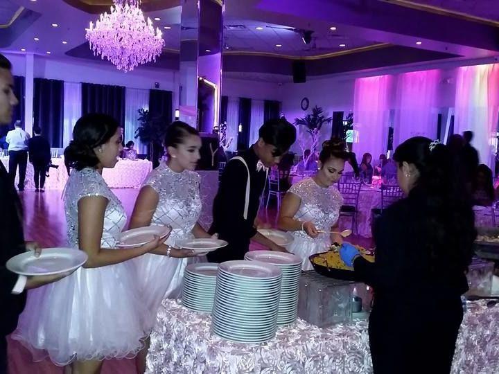 Tmx 1524160238 600ccec3b81b7255 1524160237 Fd4391144cbcfbfb 1524160232674 10 Quinceanera3 Orlando wedding venue
