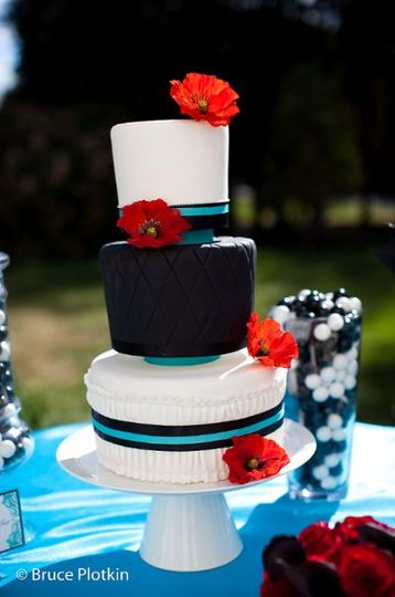 3-tier wedding cake with a black tier
