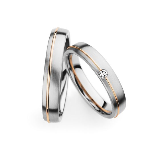 Two tone couples wedding bands.
