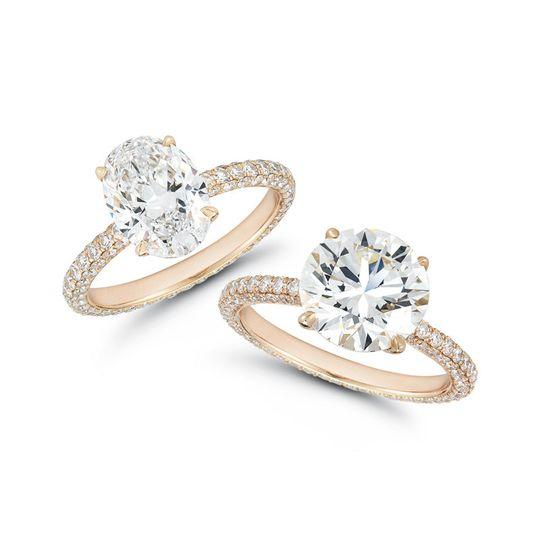 Our Liz Rose setting features a 2.03 carat DVS1 oval brilliant diamond and a 3.08 carat J color VS2...