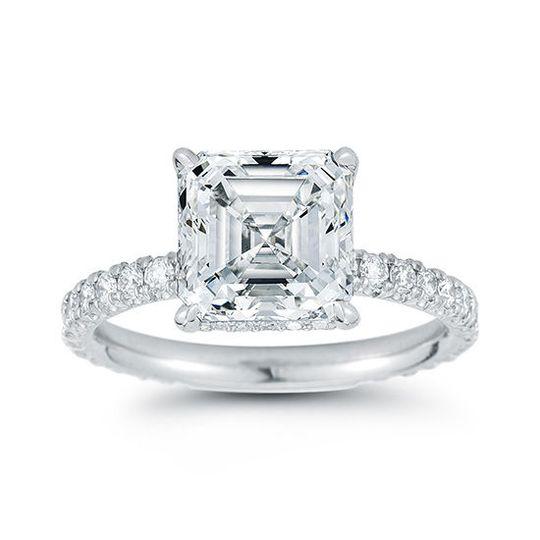 395496bfdf17b346 douglaselliottasscherdiamond