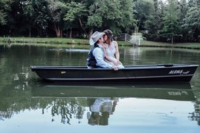 Gray Acres Country Wedding & Events, LLC