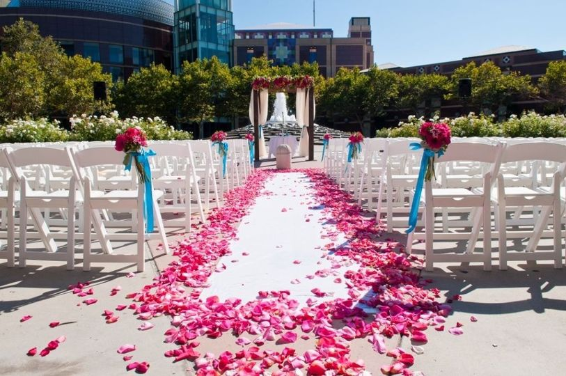 fountain ceremony pink and blue