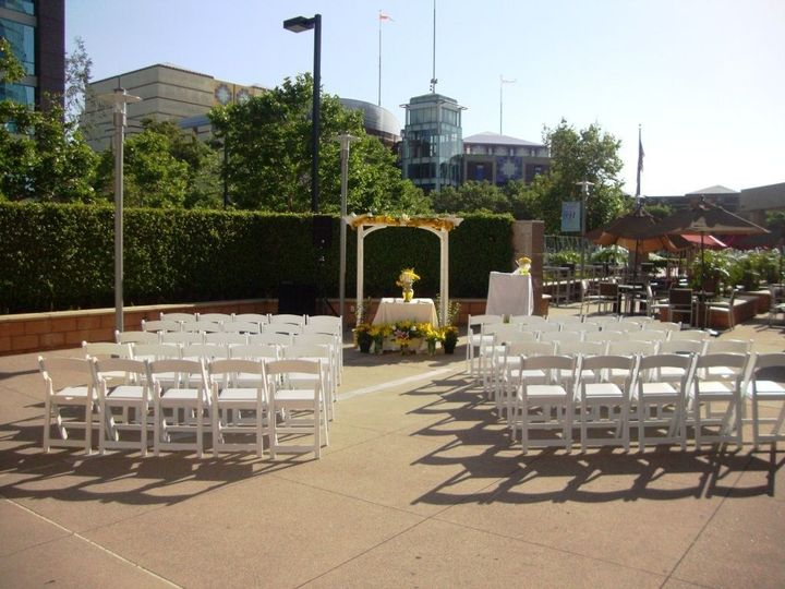 gt ceremony chairs only white 1