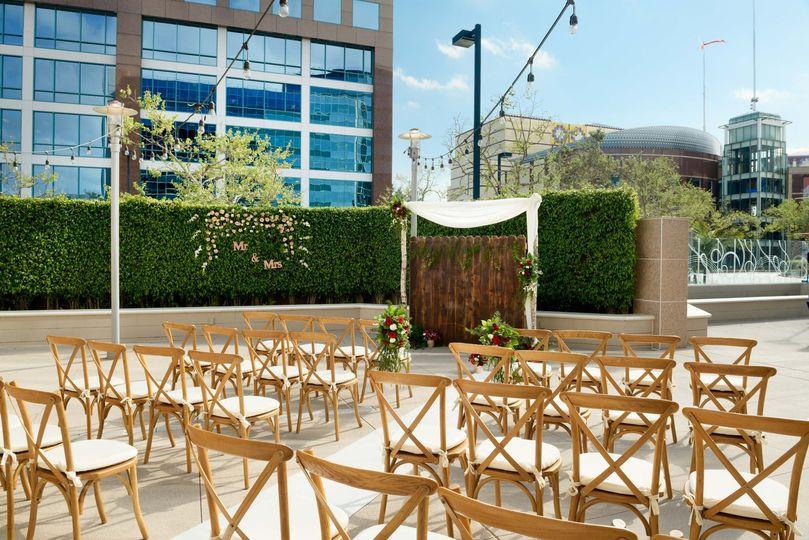 sh lgbsi garden terrace ceremony small 04 51 410036 158829361531459