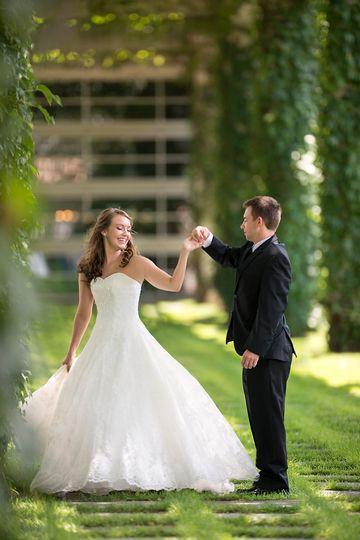 © Stephani Elizabeth Photography - Wedding Photographer Serving Louisville, Lexington and Cincinnati