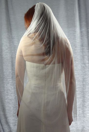 Silk Tulle Veil - Beautifully delicate and soft wedding veil made of 100% silk.  It drapes so...