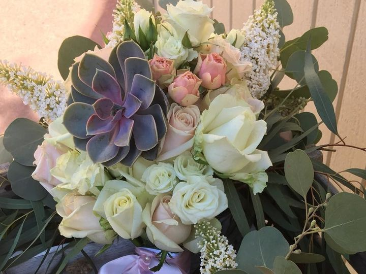 Tmx 1510173861649 2245005711267363374577126676582449104895621n Santa Cruz, CA wedding florist