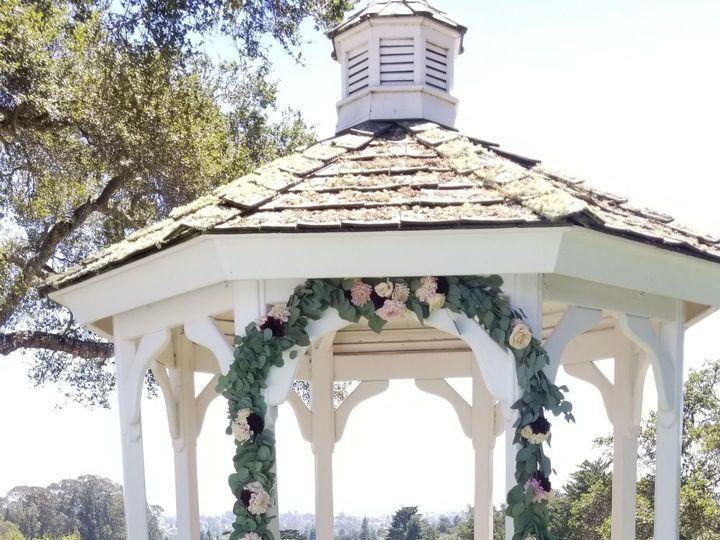 Tmx 1534282638 2d96f34e0424b455 1534282636 927e6b812baf222d 1534282617407 9 20180805 135454 Santa Cruz, CA wedding florist