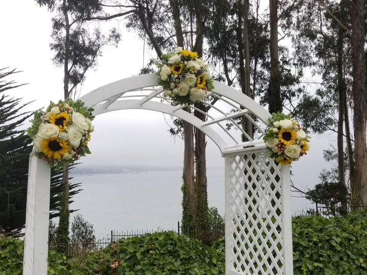 Tmx 1536091695 9eaccedbd4b759b9 1536091694 4b274ca4ca5cedac 1536091665885 4 20180902 113142 Santa Cruz, CA wedding florist