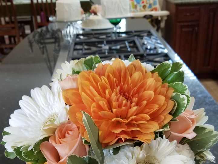 Tmx 1536091794 61f6a8ea74187f91 1536091792 32304317e4bc25f0 1536091776518 13 20180901 140202 Santa Cruz, CA wedding florist