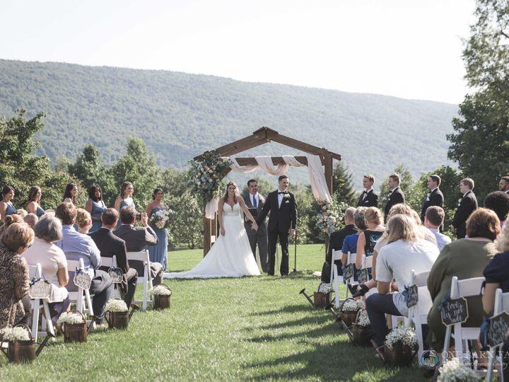Tmx Onebarnfarm Taylor Jonathan 20180728 Wedding 65 51 992036 Mifflinburg, PA wedding venue