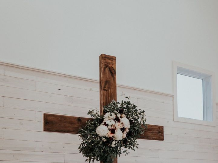 Tmx 1533489643 C0cdbc2576dfe332 1533489641 2823d88f0cbbf435 1533489623910 9 C086ACED 6A50 4996 Greensboro, NC wedding florist