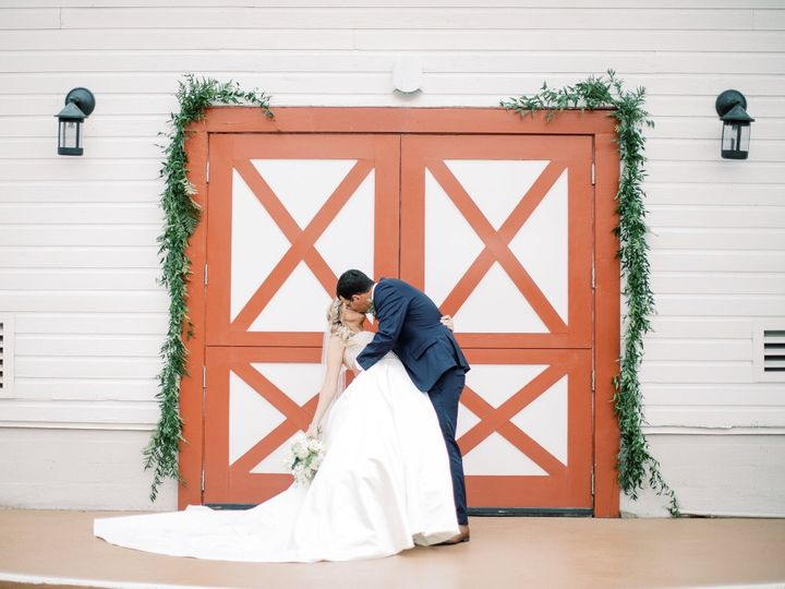 Tmx Img 7477 51 1013036 157815529218090 Greensboro, NC wedding florist