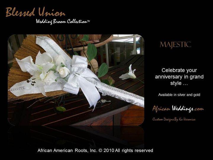 The Majestic Wedding Broom™