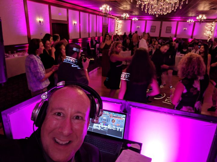 Tmx 2018 09 14 20 00 30 51 29036 V1 Fitchburg wedding dj