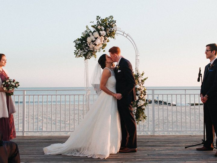 Tmx 18 11 17 Elyse Steve0398 51 939036 157591075956976 Cape May, NJ wedding venue