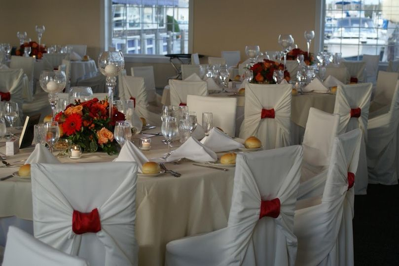 Chair cover with bunt