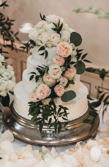 In-house Pastry Chef Wedding C