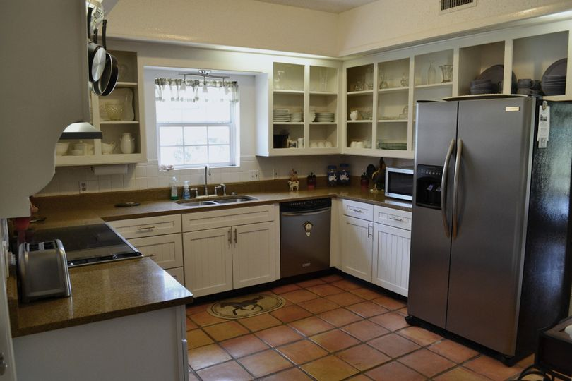 Trails End Ranch- Kitchen