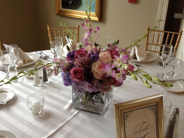 Table centerpiece and setup
