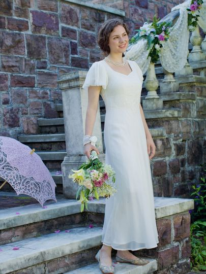 April cornell dress attire burlington vt weddingwire for Wedding dresses burlington vt