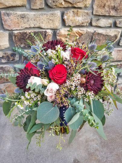 downtown flowers flowers toccoa ga weddingwire. Black Bedroom Furniture Sets. Home Design Ideas